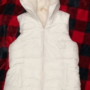Hollister hooded Sherpa puffer vest